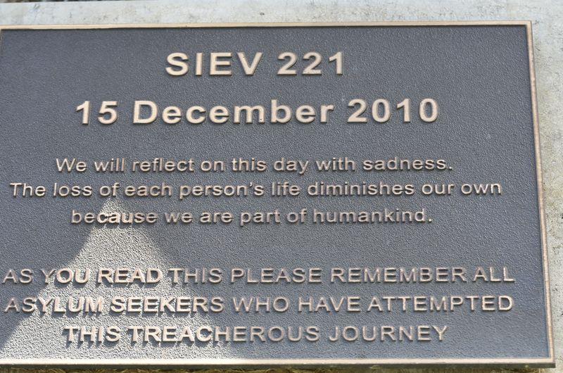 SIEV 221 dec 2010