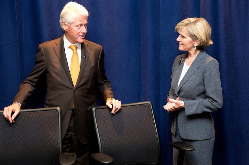 Bill-Clinton-Julie-Bishop