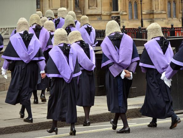 213948-595x450-british-judges-in-wigs-and-robes